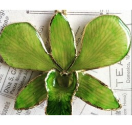 "Подвеска на шею ""Орхидея в золоте"""